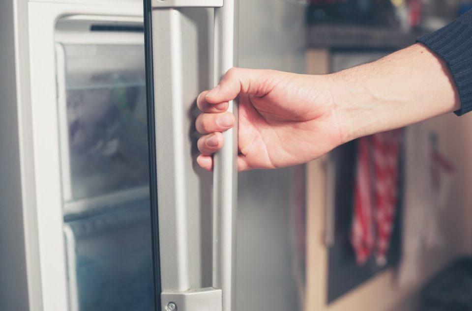 آموزش تعویض لاستیک دور درب یخچال