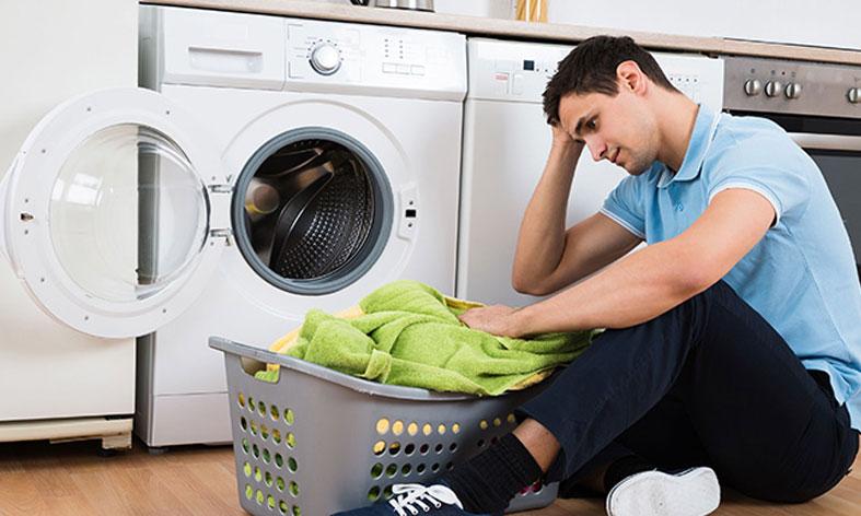 چرا لباسشویی روشن میشود ولی شروع به کار نمیکند؟