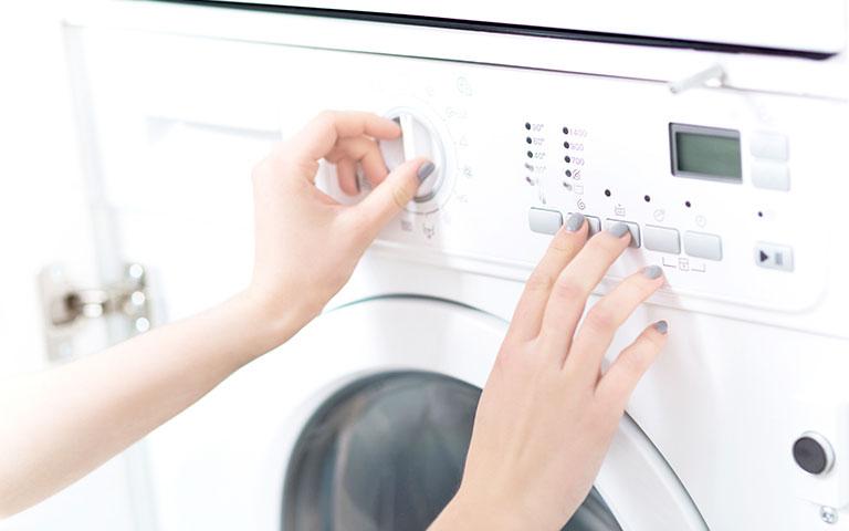 علت ثابت ماندن و گیر کردن تایمر لباسشویی